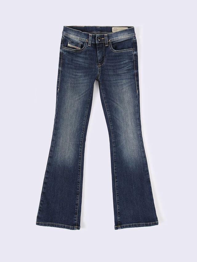 LOWLEEH-J-N, Blu Jeans