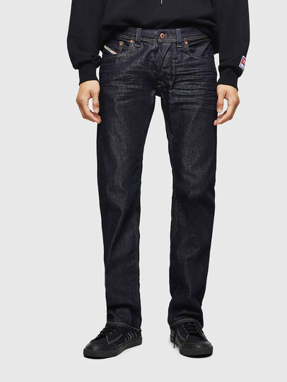 Diesel - Larkee 084HN, Blu Scuro - Jeans - Image 1