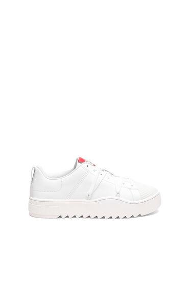Sneaker in pelle con lacci trekking