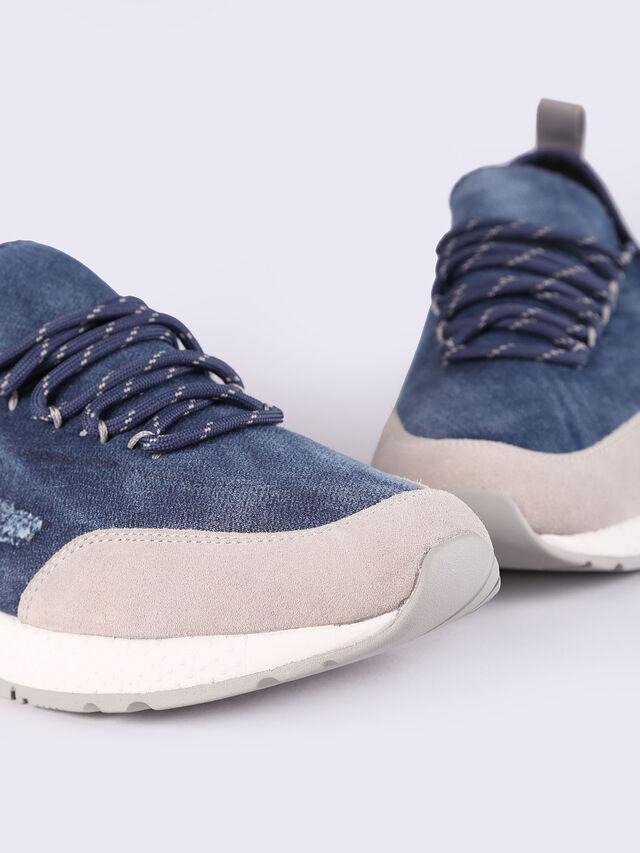 S-KBY, Blu Jeans