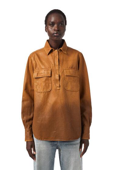 Camicia overdyed in gabardine effetto coated
