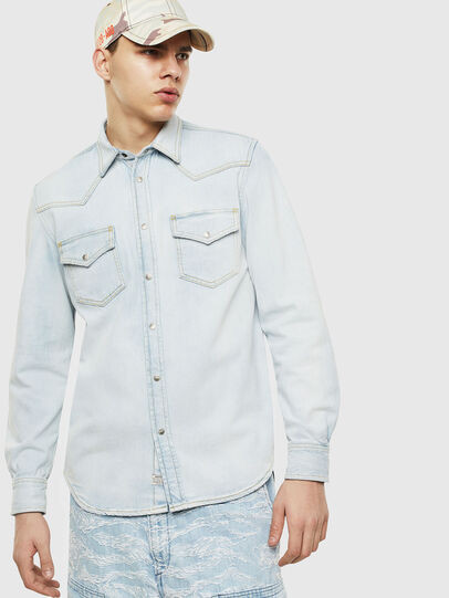 Diesel - D-EAST-P, Blu Jeans - Camicie in Denim - Image 1