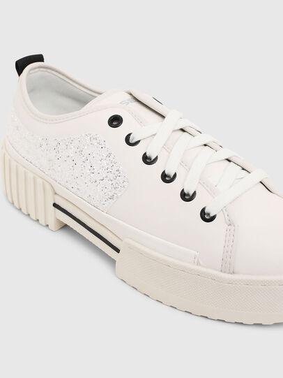 Diesel - S-MERLEY LOW, Bianco - Sneakers - Image 4