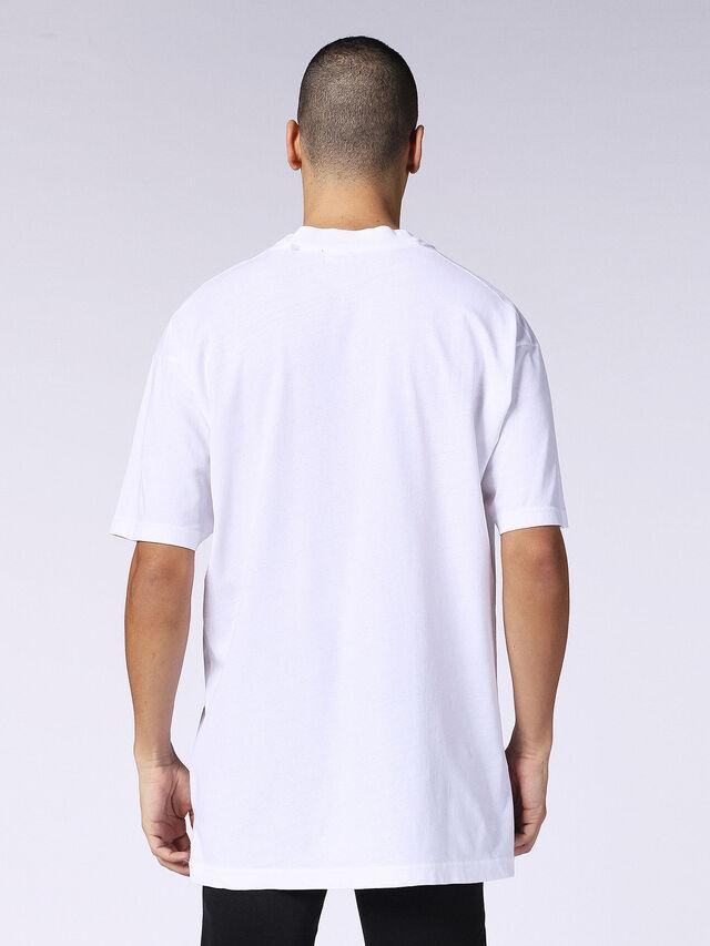 T-LUCAS-AB, Bianco