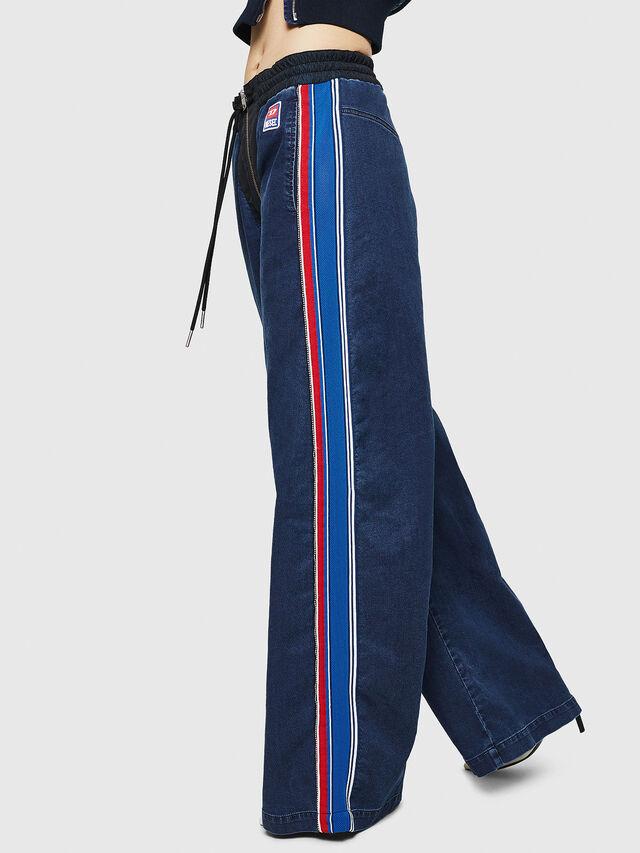 Diesel - D-Erinn JoggJeans 069HP, Blu Scuro - Jeans - Image 4