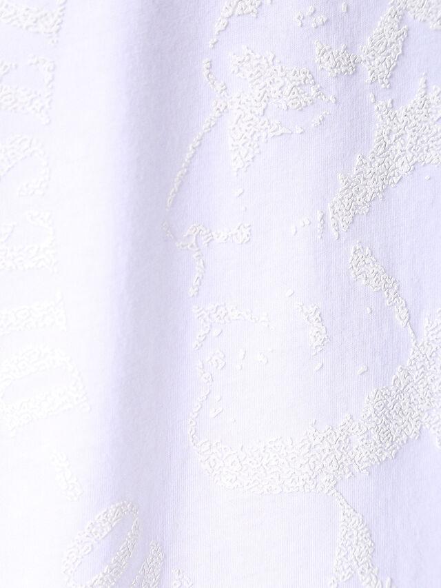 T-JOE-SQ, Bianco