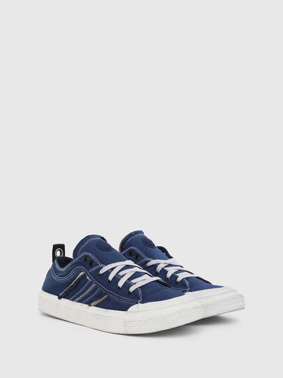 Diesel - S-ASTICO LOW LACE, Blu - Sneakers - Image 2