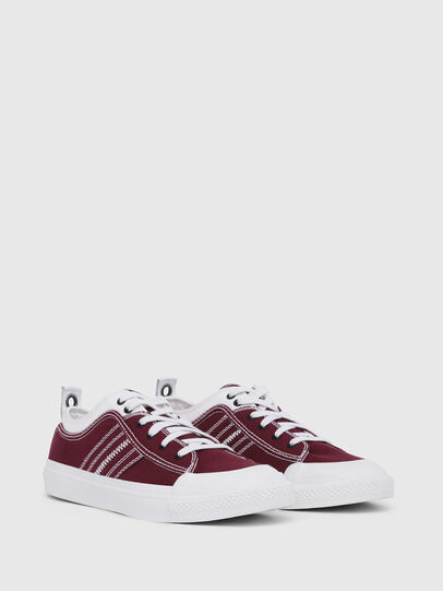 Diesel - S-ASTICO LOW LACE, Borgogna - Sneakers - Image 2