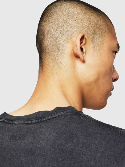 Diesel - T-THEA, Nero - T-Shirts - Image 4