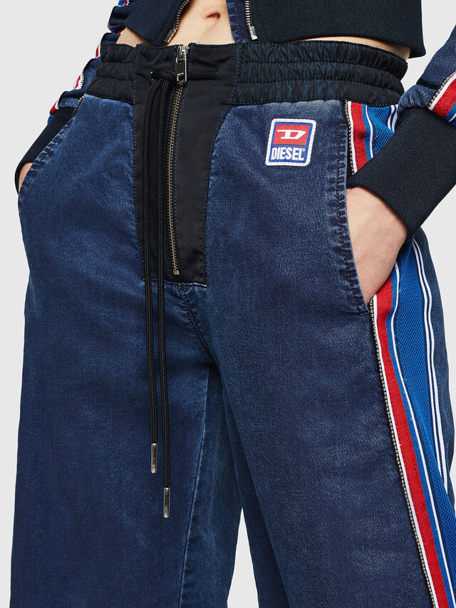 Diesel - D-Erinn JoggJeans 069HP, Blu Scuro - Jeans - Image 3