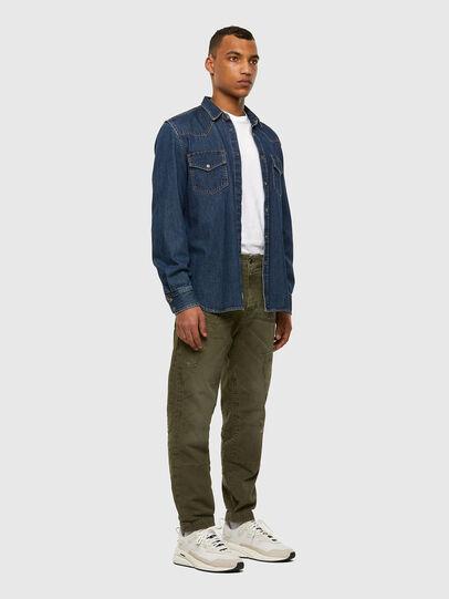 Diesel - D-Azzer JoggJeans® 069NF, Verde Militare - Jeans - Image 6