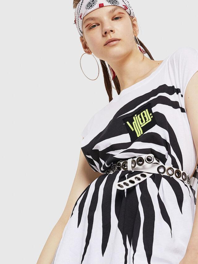 Diesel - T-DESY-B, Bianco/Nero - T-Shirts - Image 3