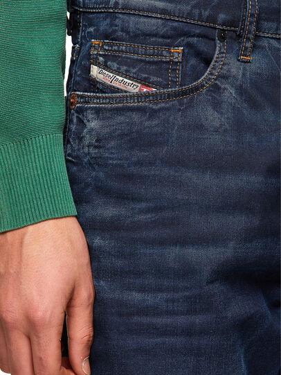 Diesel - D-VIDER JoggJeans® 069WS, Blu Scuro - Jeans - Image 3
