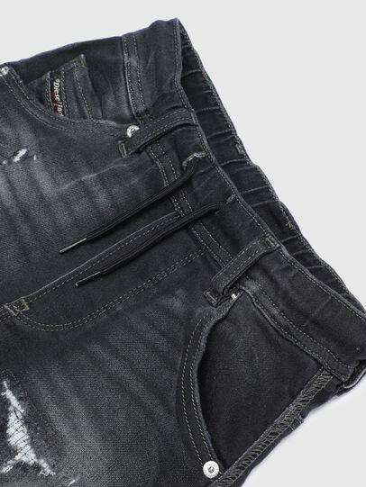 Diesel - KROOLEY-J JOGGJEANS, Nero/Grigio scuro - Jeans - Image 3