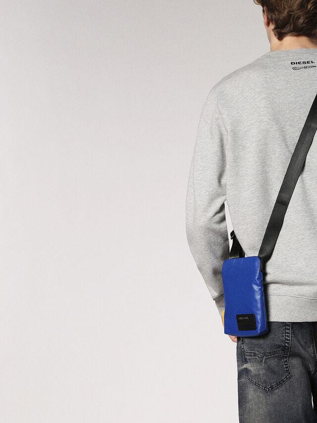 F-DISCOVER SMALLCROS, Blu Brillante