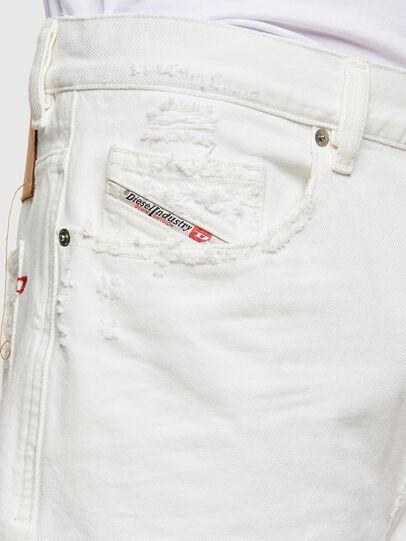 Diesel - D-MACS-SHORT, Bianco - Shorts - Image 5