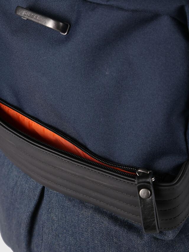 Diesel - M-PROOF BACK, Blu Jeans - Zaini - Image 4