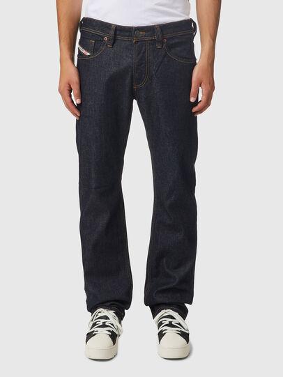 Diesel - Larkee 009HF, Blu Scuro - Jeans - Image 1