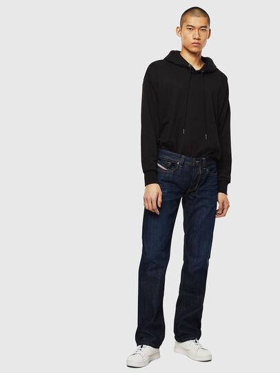 Diesel - Larkee 0806W, Blu Scuro - Jeans - Image 5