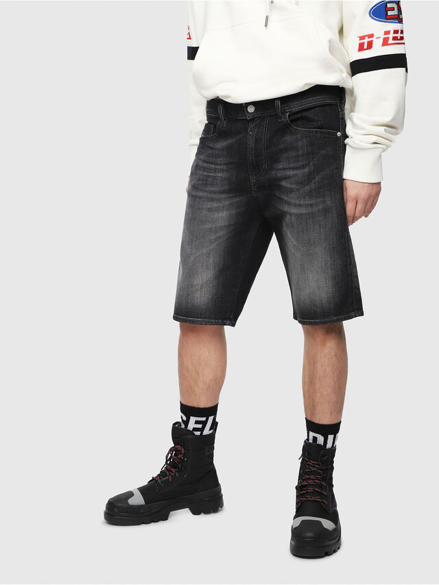 Diesel - THOSHORT, Nero/Grigio scuro - Shorts - Image 1