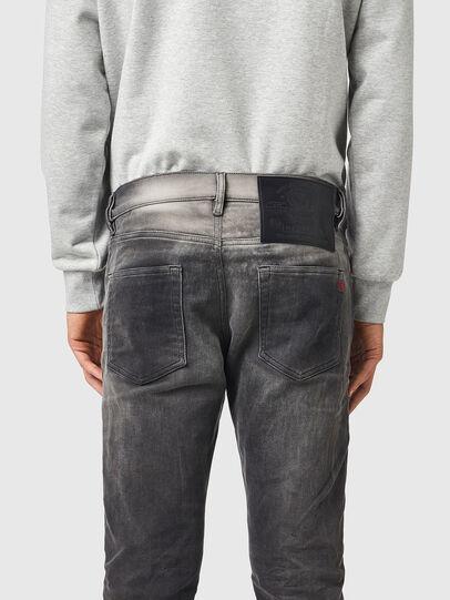 Diesel - D-Strukt JoggJeans® 09B04, Nero/Grigio scuro - Jeans - Image 4