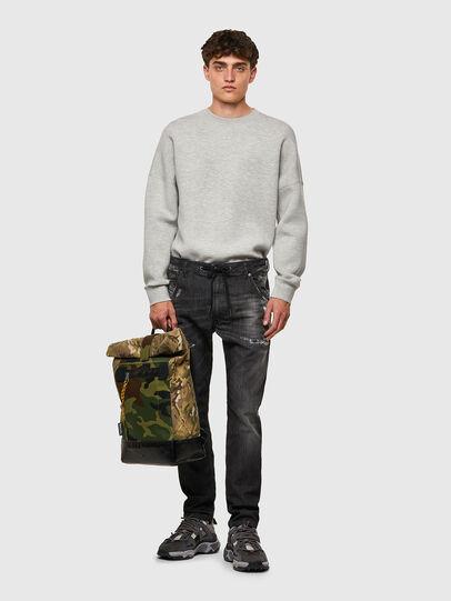 Diesel - Krooley JoggJeans® 09B53, Nero/Grigio scuro - Jeans - Image 5