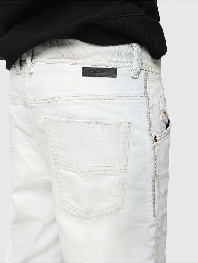 Diesel - D-KROOSHORT-T, Bianco sporco - Shorts - Image 3