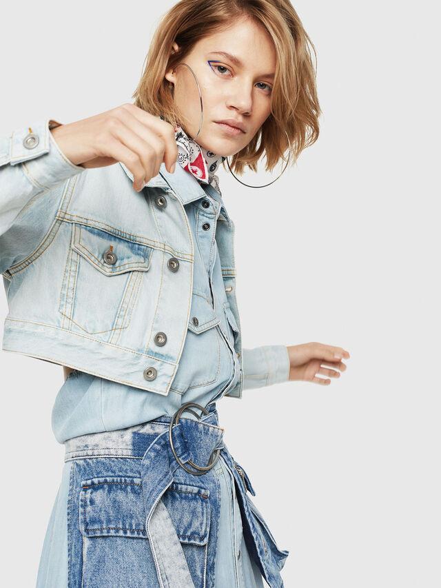 Diesel - DE-ZAUPY, Blu Jeans - Giacche in denim - Image 3