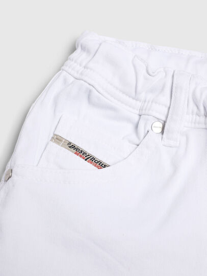 Diesel - KROOLEY-NE-J SH, Bianco - Shorts - Image 3