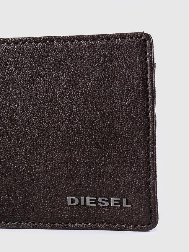 Diesel - JOHNAS I, Testa di Moro - Portafogli Piccoli - Image 3
