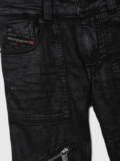 Diesel - D-DERROT-SP-J JOGGJEANS, Nero - Jeans - Image 3