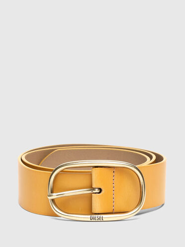 Cintura in pelle con fibbia ovale