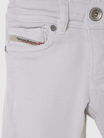 Diesel - SLEENKER-B JOGGJEANS-N, Bianco - Jeans - Image 3