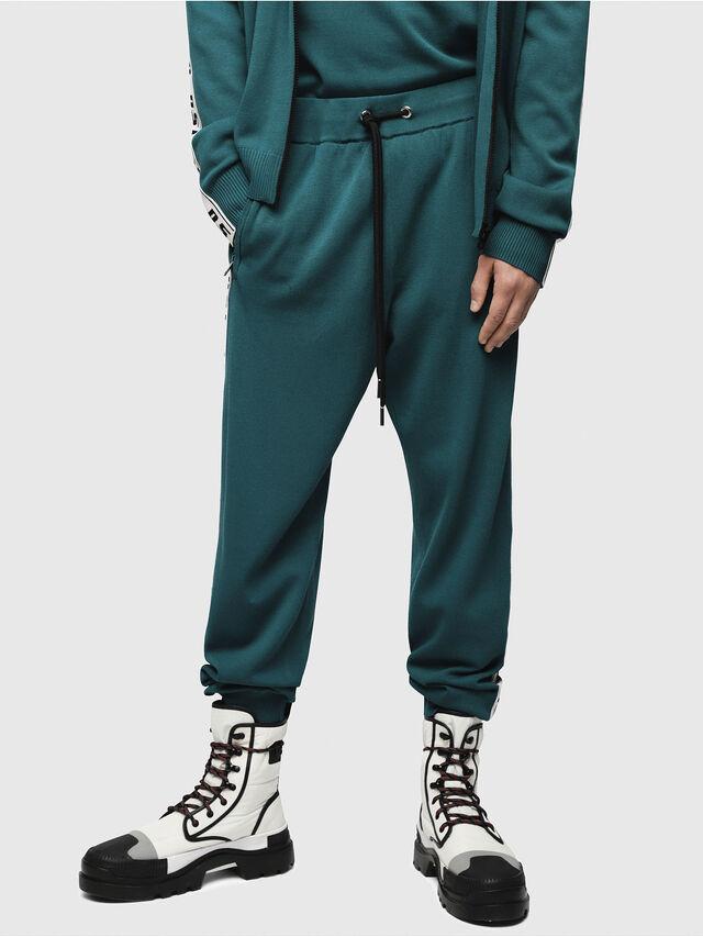 301476be394b K-SUIT-A Uomo  Pantaloni tuta a maglia con fasce e scritta dsl