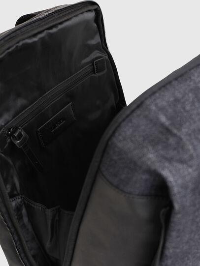 Diesel - D-SUBTORYAL BACK, Blu Jeans - Zaini - Image 4