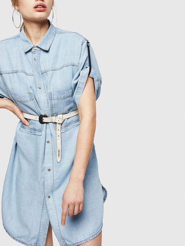 Diesel - DE-SUP-SL, Blu Jeans - Vestiti - Image 4