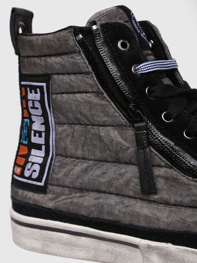 Diesel - D-VELOWS MID PATCH, Grigio/Nero - Sneakers - Image 4
