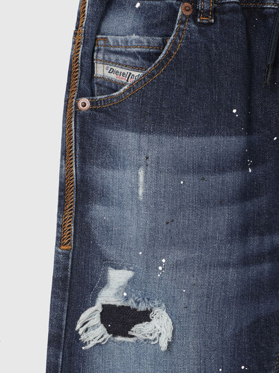 Diesel - KROOLEY-NE-J SH, Blu Scuro - Shorts - Image 3