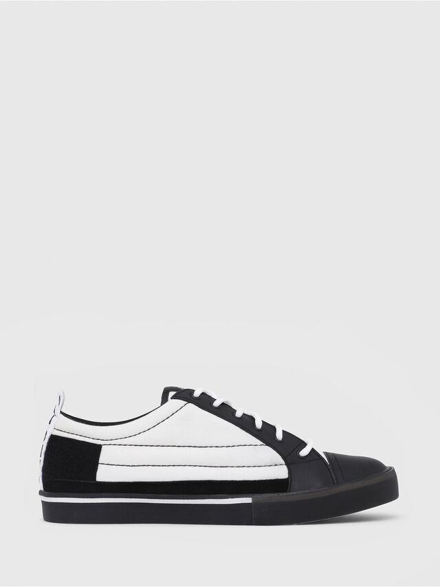 Diesel - D-VELOWS LOW PATCH, Nero/Bianco - Sneakers - Image 1
