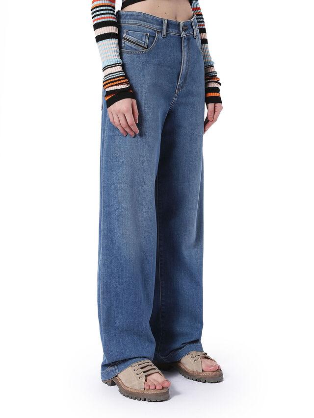 TYPE-1810, Blu Jeans