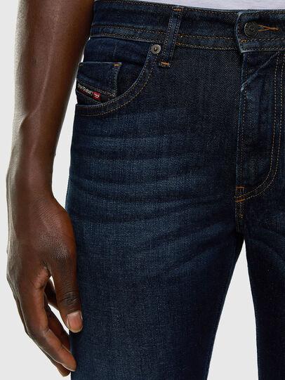 Diesel - Thommer 009HN, Blu Scuro - Jeans - Image 3