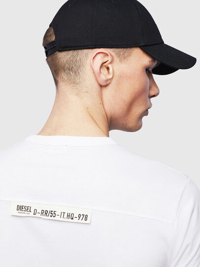 Diesel - T-RABEN-POCKET, Bianco - T-Shirts - Image 6