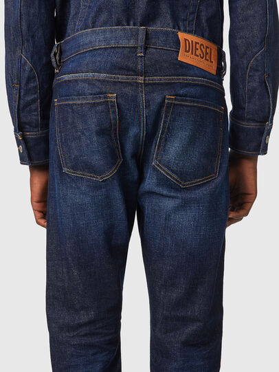 Diesel - D-Viker 09A12, Blu Scuro - Jeans - Image 4