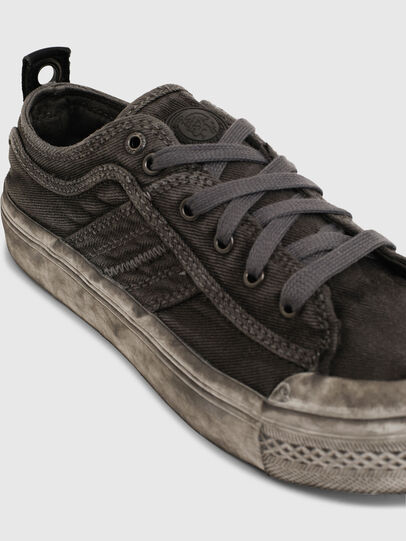 Diesel - S-ASTICO LOW LACE W, Grigio - Sneakers - Image 4