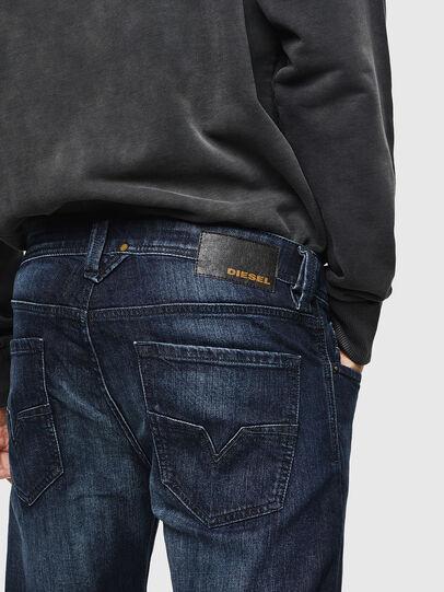 Diesel - Larkee 0095W, Blu Scuro - Jeans - Image 5