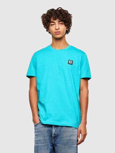 "T-shirt con applicazione logo ""D"""
