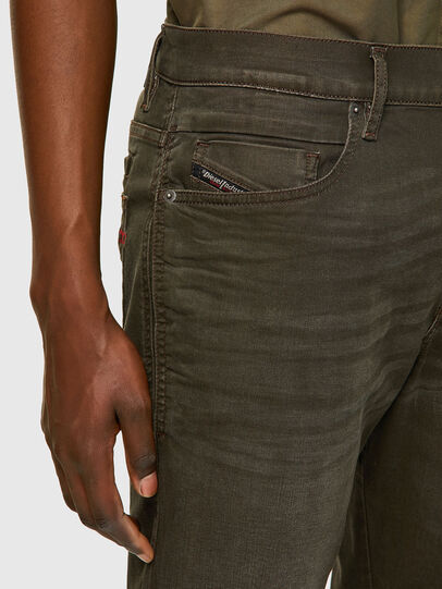 Diesel - D-Fining-Chino 0699P, Verde Militare - Jeans - Image 3
