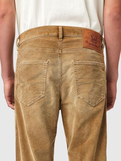 Diesel - D-Macs 069XQ, Marrone Chiaro - Jeans - Image 4