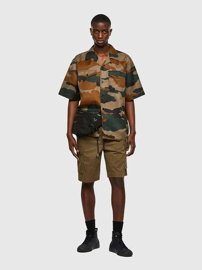 Diesel - P-APE, Verde Militare - Shorts - Image 5