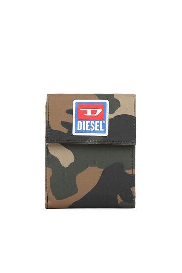 Portafoglio a stampa camouflage con chiusura in velcro e cordino